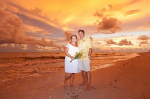 husband and wife at vow renewal on sanibel island