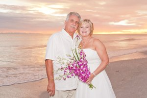 photo of bride and groom at intimate sanibel wedding