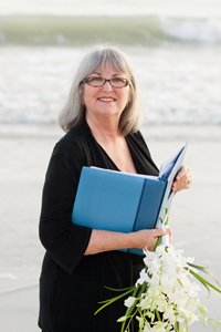 patricia slater, wedding officiant on sanibel island